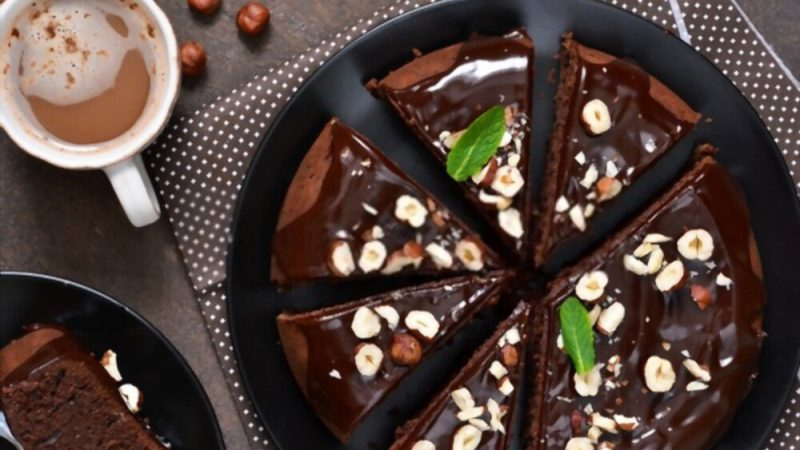 New Trending Chocolate Cake Recipe In 2021 Must-Try It's So Delicious